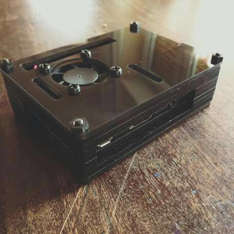Tiny Console Total Balck
